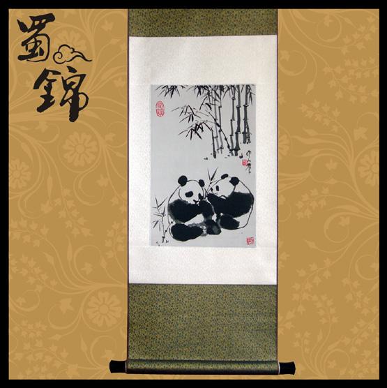 熊猫画作蜀锦